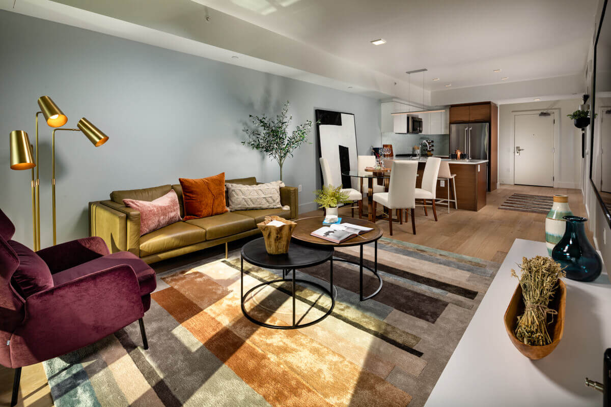 Luxury Apartments for Rent in Downtown Los Angeles - Park Fifth Tower Open Concept Living Room with Hardwood Flooring and High Ceilings