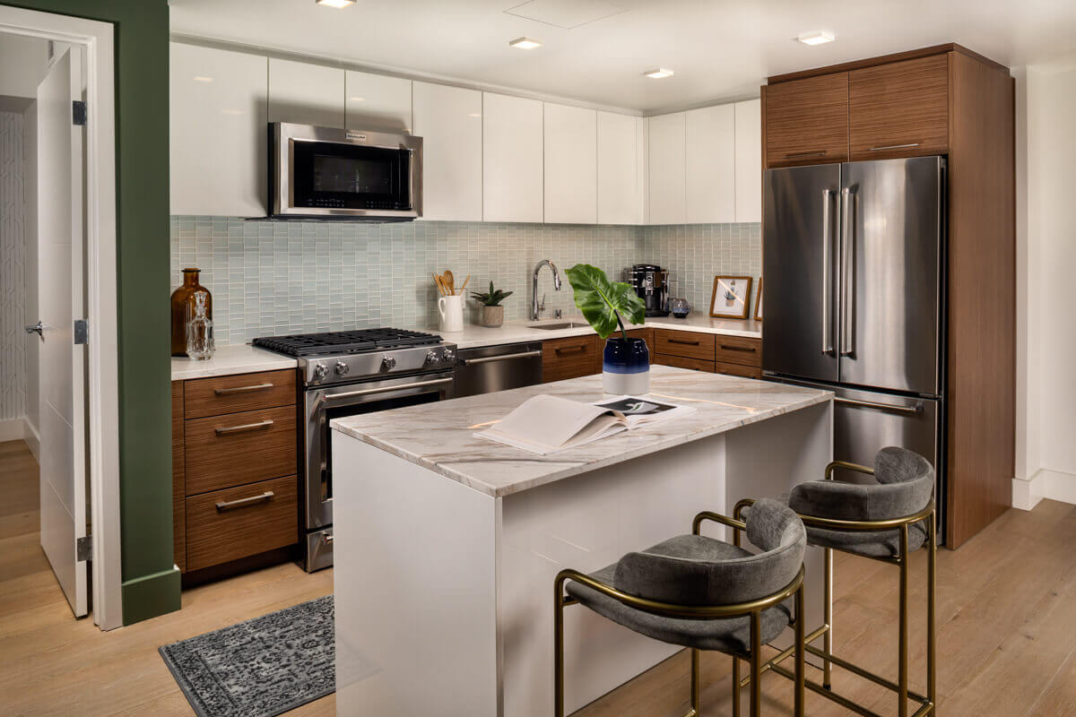 Apartments for Rent in Downtown Los Angeles, CA - Park Fifth Tower Kitchen with Stainless Steel Appliances, Oak Wood Flooring, and Island with Seating